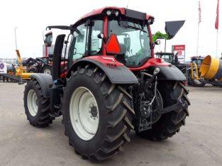 Valtra N114eH traktorius